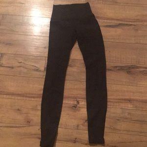 Black stripe mesh lululemon wunder under leggings